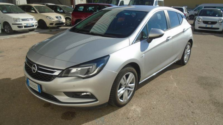 Opel Astra Business 694